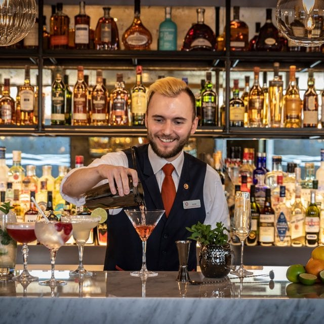 the globe bar city of london